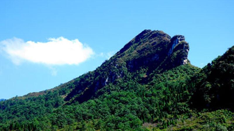 núi hàm rồng, du lịch Sapa