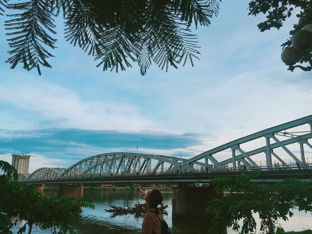 Cầu Trường Tiền - Địa điểm du lịch Huế