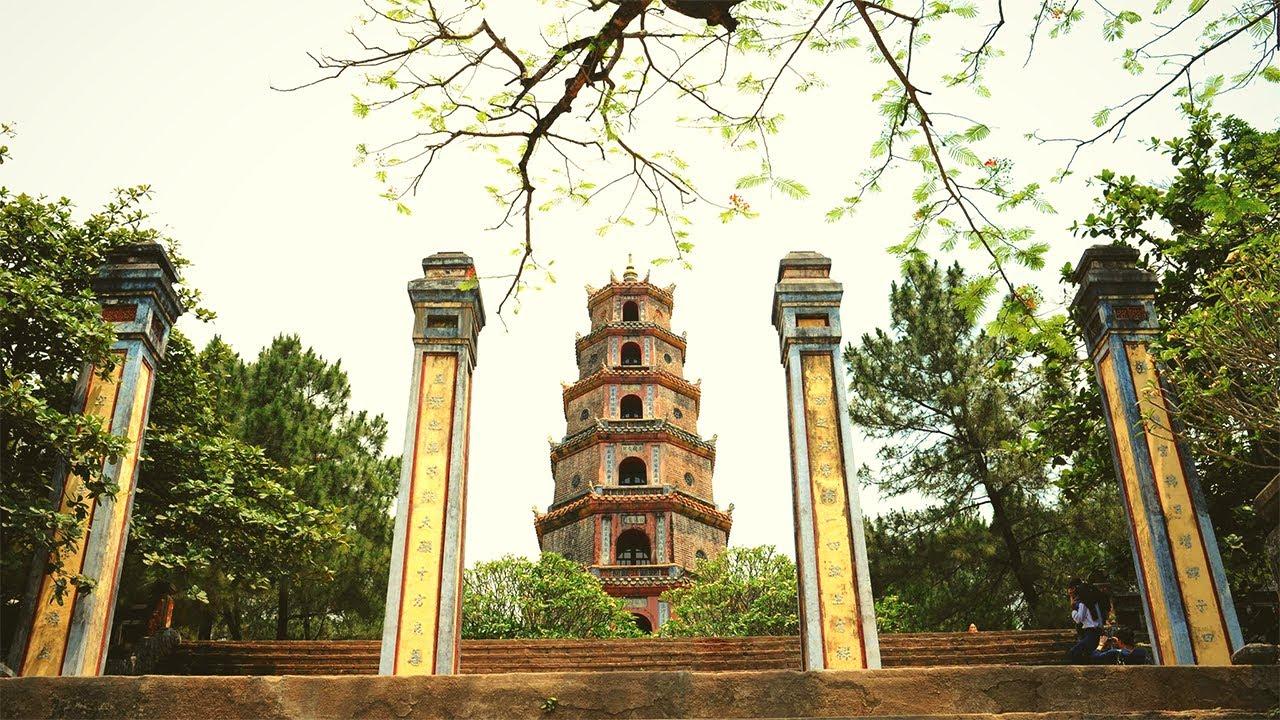 Địa điểm du lịch Huế - Chùa Thiên Mụ