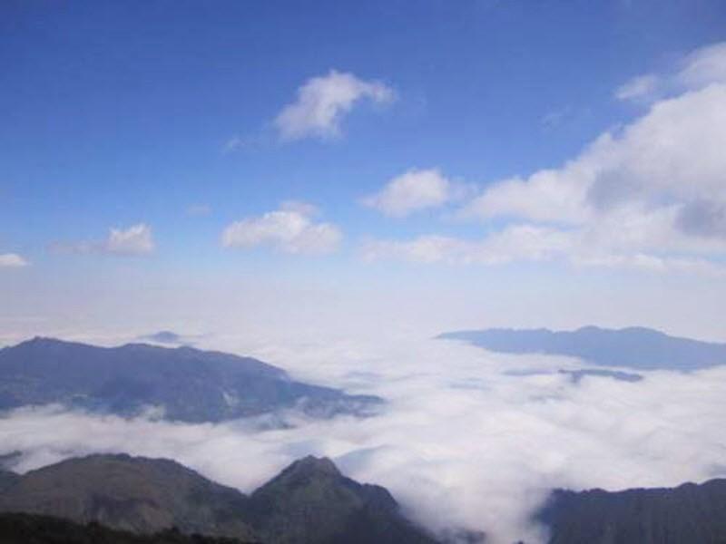 mây trên đỉnh Fansipan