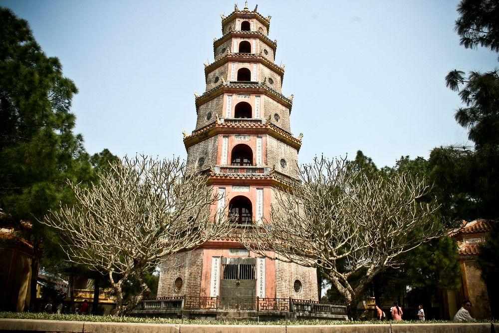 Tháp Phước Duyên - Chùa Thiên Mụ