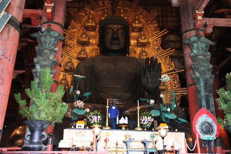 Chùa Todaiji - tượng phật Todai-ji Rushana
