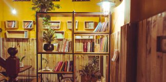 Hầm sách coffee-về nơi bình yên trong lòng phố