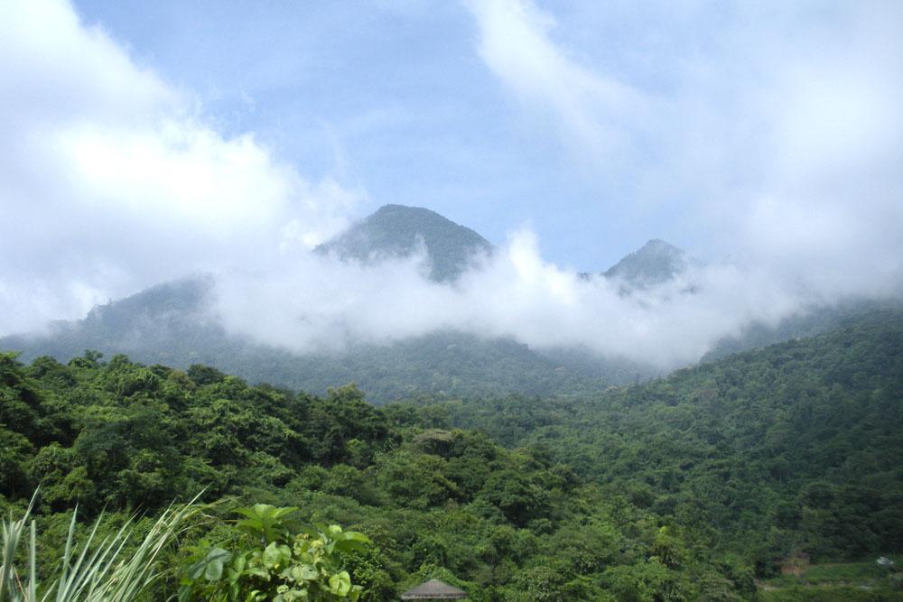 Núi Tản