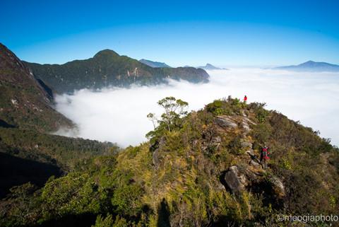 tour trekking bạch mộc lương tử