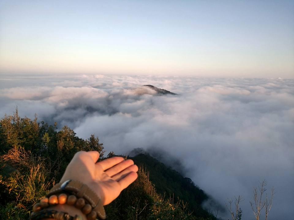 Biển mây mâm xôi