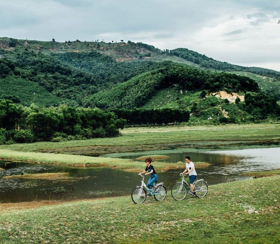 Tận hưởng sự bình yên bên dòng sông Đà