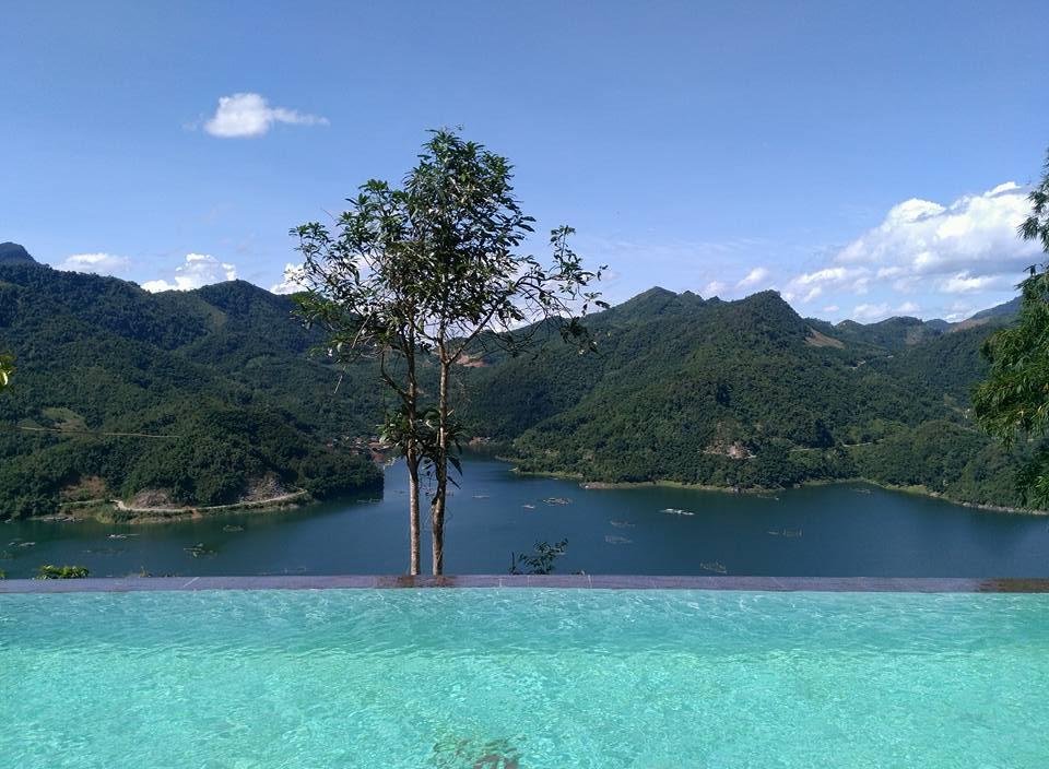 Đà Bắc Ecolodge Hoà Bình - Bể bơi vô cực view núi siêu chấti
