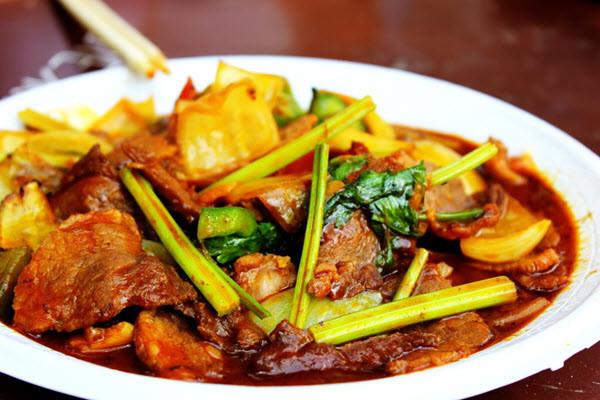 Măng nướng xào vếch bò Đăk Lăk -  Ẩm thực Tây Nguyên
