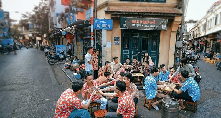 Ẩm thực phố Tạ Hiện