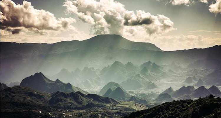 Cảnh đẹp trên núi Tả Liên