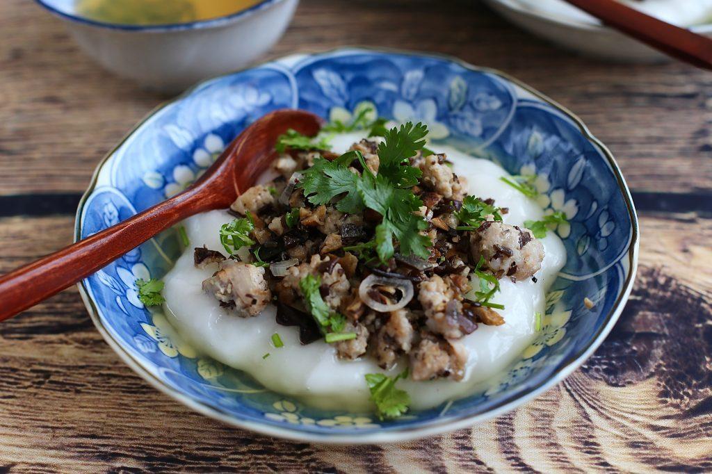 Bánh đúc nóng- Món ăn ngon mùa thu Hà Nội