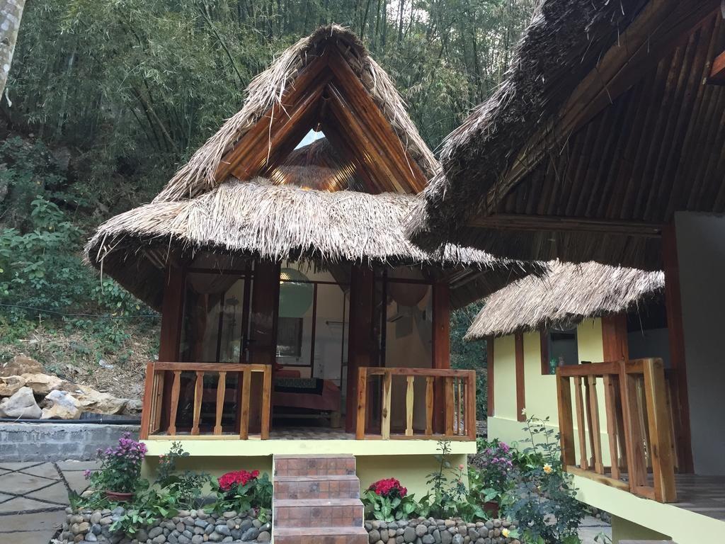 Mai Châu Hideaway resort là khu nghỉ dưỡng được xây dựng mang phong cách đậm chất Rustic của thập niên 60 của thế kỷ trước.