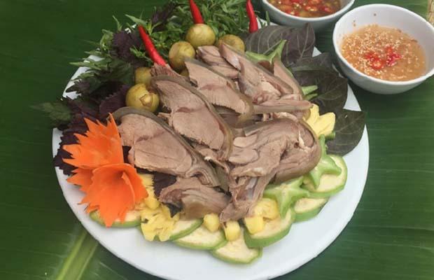 Dê ủ trâú Nga Sơn
