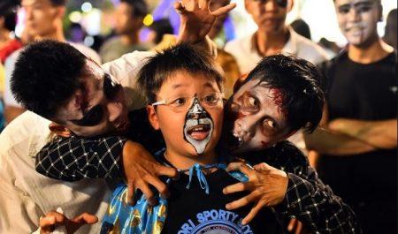 Đêm Halloween ở phố đi bộ Nguyễn Huệ