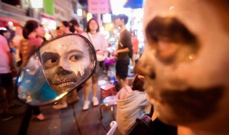 Chơi Halloween ở đâu Sài Gòn - phố Bùi Viên