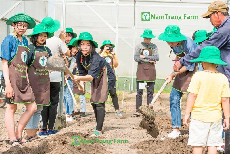 Đến với nông trại, trẻ em sẽ được vui chơi, học tâp và trải nghiệm còn người lớn sẽ được thư giãn tinh thần sau những ngày làm việc mệt mỏi.