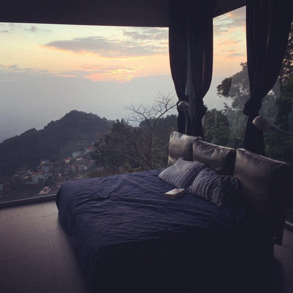 Floating Clouds là một căn nhà có tới 4 phòng ngủ, 1 phòng sinh hoạt chung được thiết kế vô cùng xinh xắn.