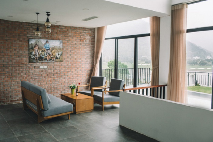 Golf View Villa tương đối tách biệt, vô cùng thích hợp cho cả team hay các gia đình thư giãn và nghỉ ngơi.