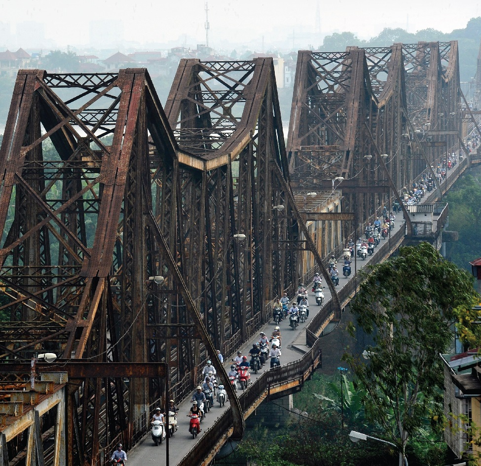 Cầu Long Biên nhìn từ trên cao