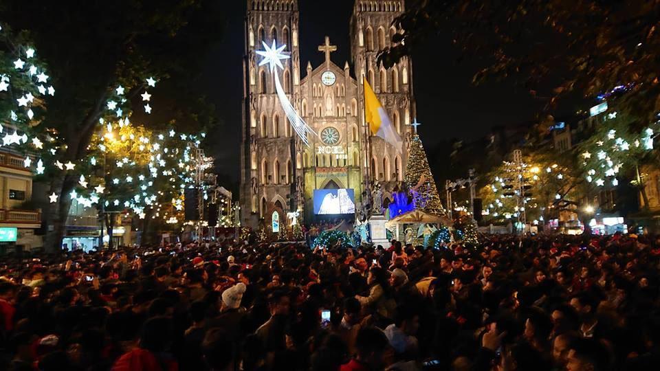 Đi chơi Noel tại Hà Nội ở đâu