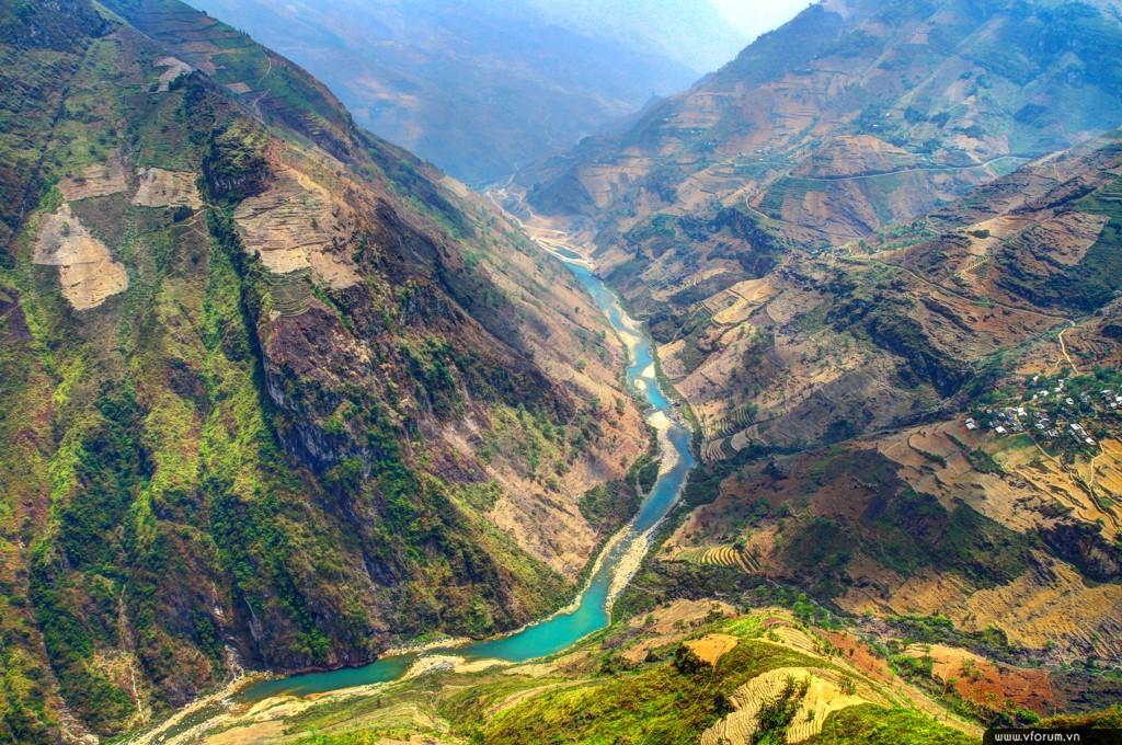 Hãy cùng Wecheckin khám phá top 15 địa điểm check in tuyệt đỉnh ở Hà Giang nhé!
