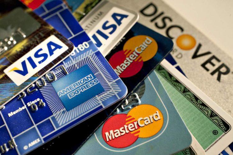 Một số thẻ tín dụng chuyên dùng khi đi du lịch