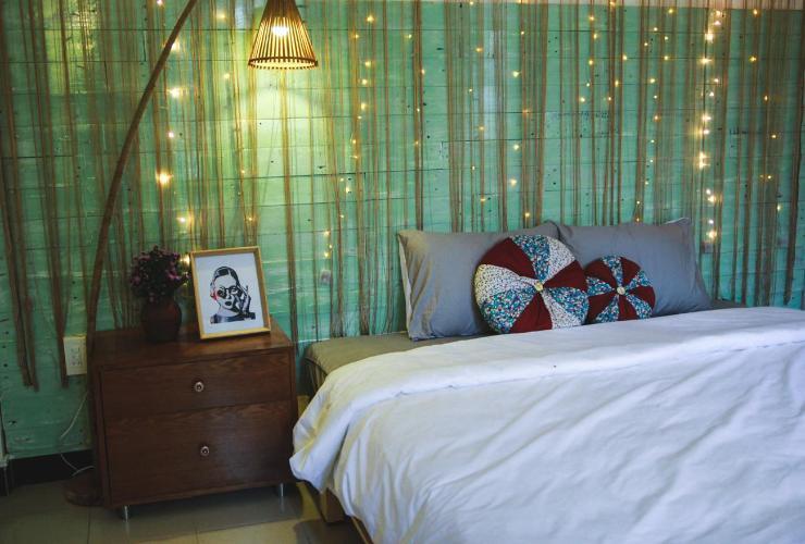 Một góc phòng ngủ ấm áp ở Deja Vu