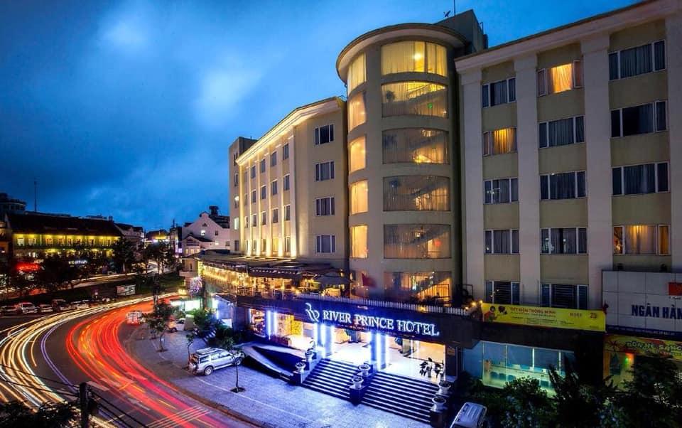 River Prince Hotel tọa lạc tại vị trung tâm thành phố Đà Lạt