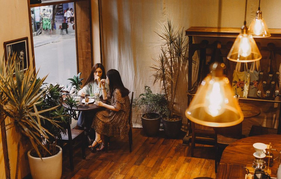 Quán cafe đẹp ở Hà Nội - Ban Công số 2 Đinh Liệt