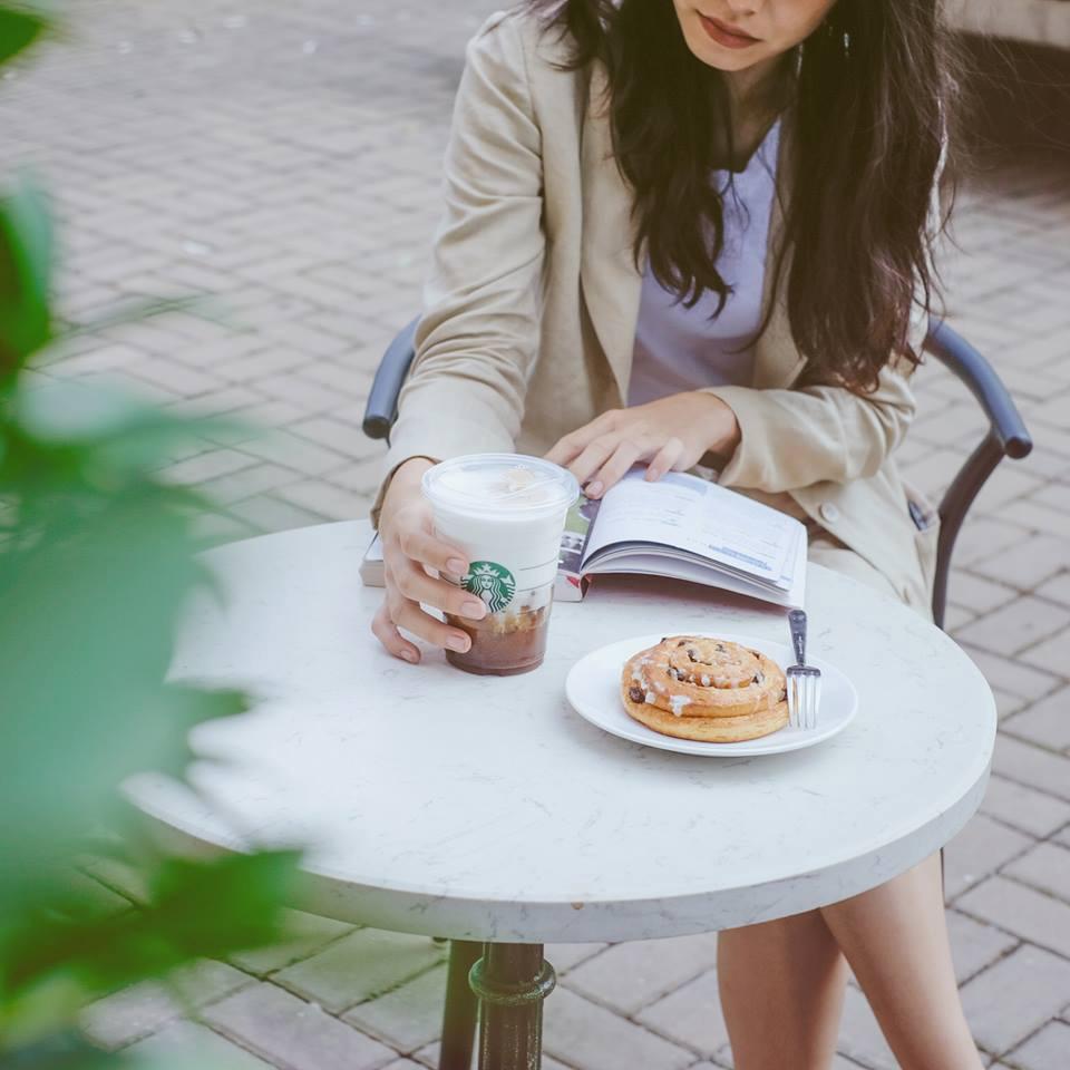 Quán cafe đẹp ở Hà Nội - Starbucks