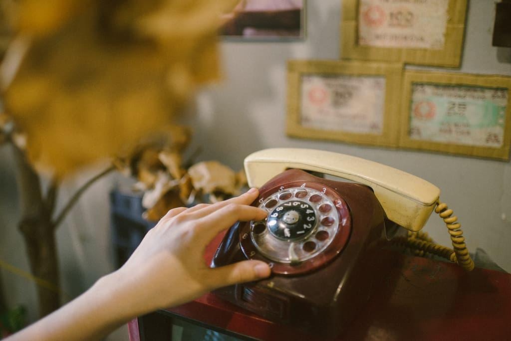 """Chiếc điện thoại quay số từ thời """" ông bà anh"""""""