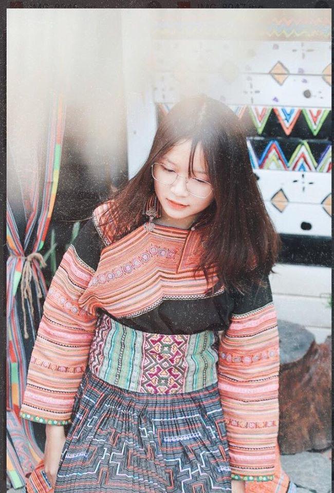 Chụp ảnh tại Tộc Cafe Yên Lãng