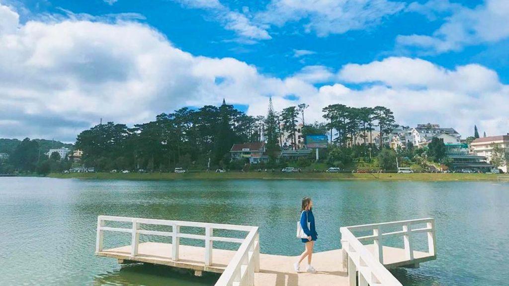 Có lên Đà Lạt nhớ dừng chân Hồ Xuân Hương nghe tiếng hoàng hôn