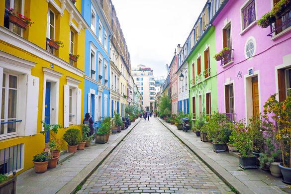 Khu phố đầy màu sắc nổi tiếng ở Paris