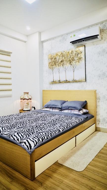 Phòng ngủ tại Hanie Homestay trông khá ấm áp