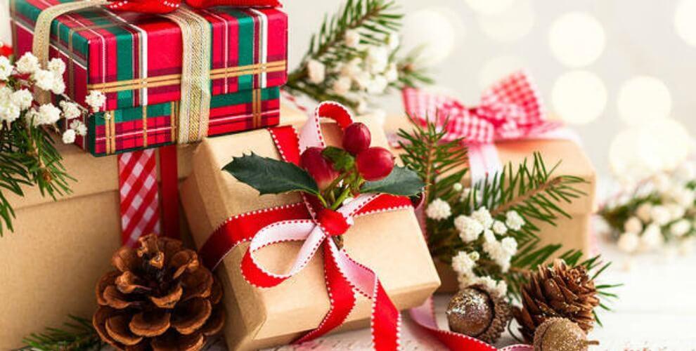 Những món quà chứa chan tình thân, tình yêu thương trong ngày giáng sinh