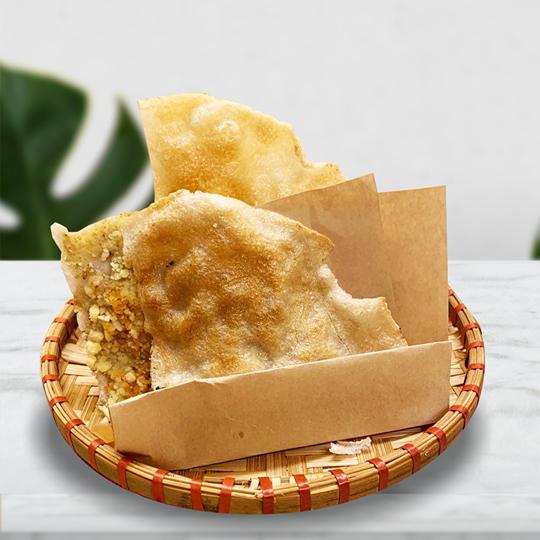 Bánh đa kê vừng dừa của quán Gốc Bắc- món quà quê dân dã. Ảnh: @letongking