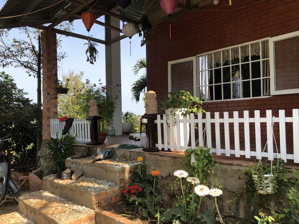 Queeny's FarmStay