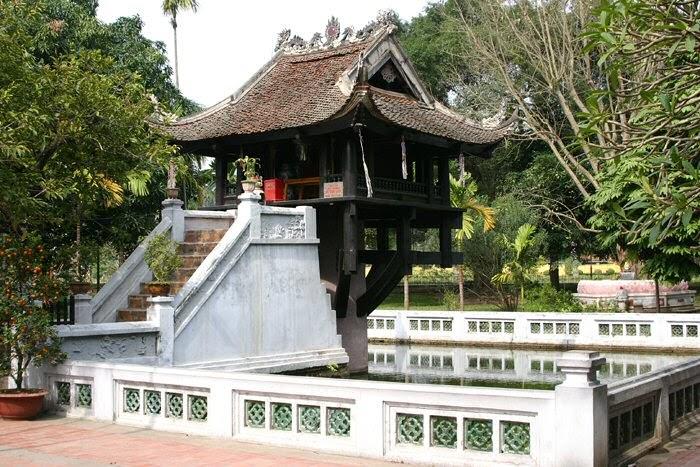 Kiến trúc độc đáo của chùa Một Cột trông giống như một bông sen mọc lên giữa ao- Hồn thiêng dân tộc Việt