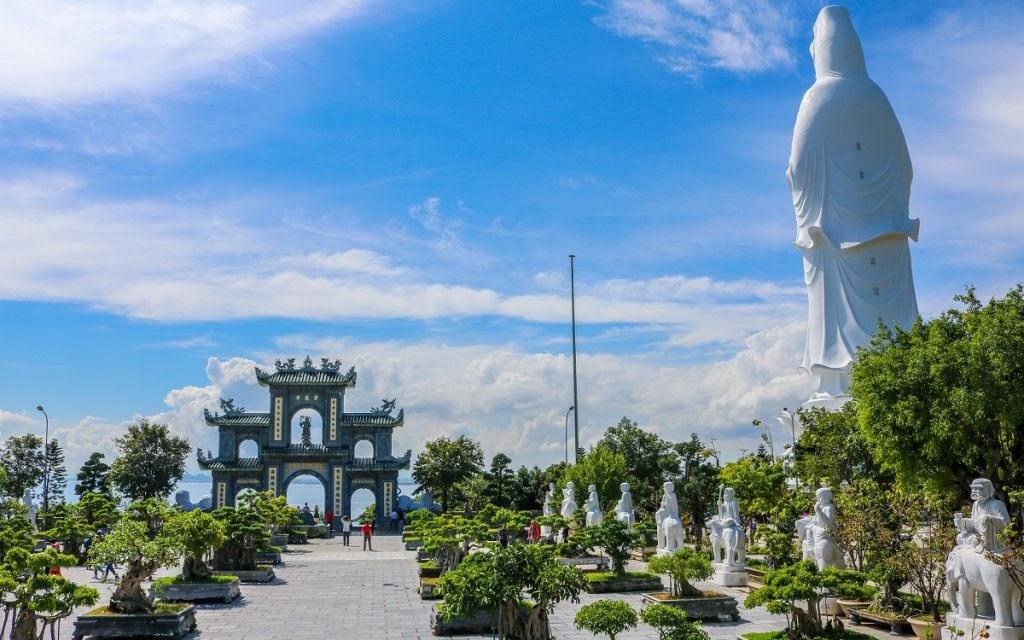 Sao Hàn checkin tại Đà Nẵng - Hội An