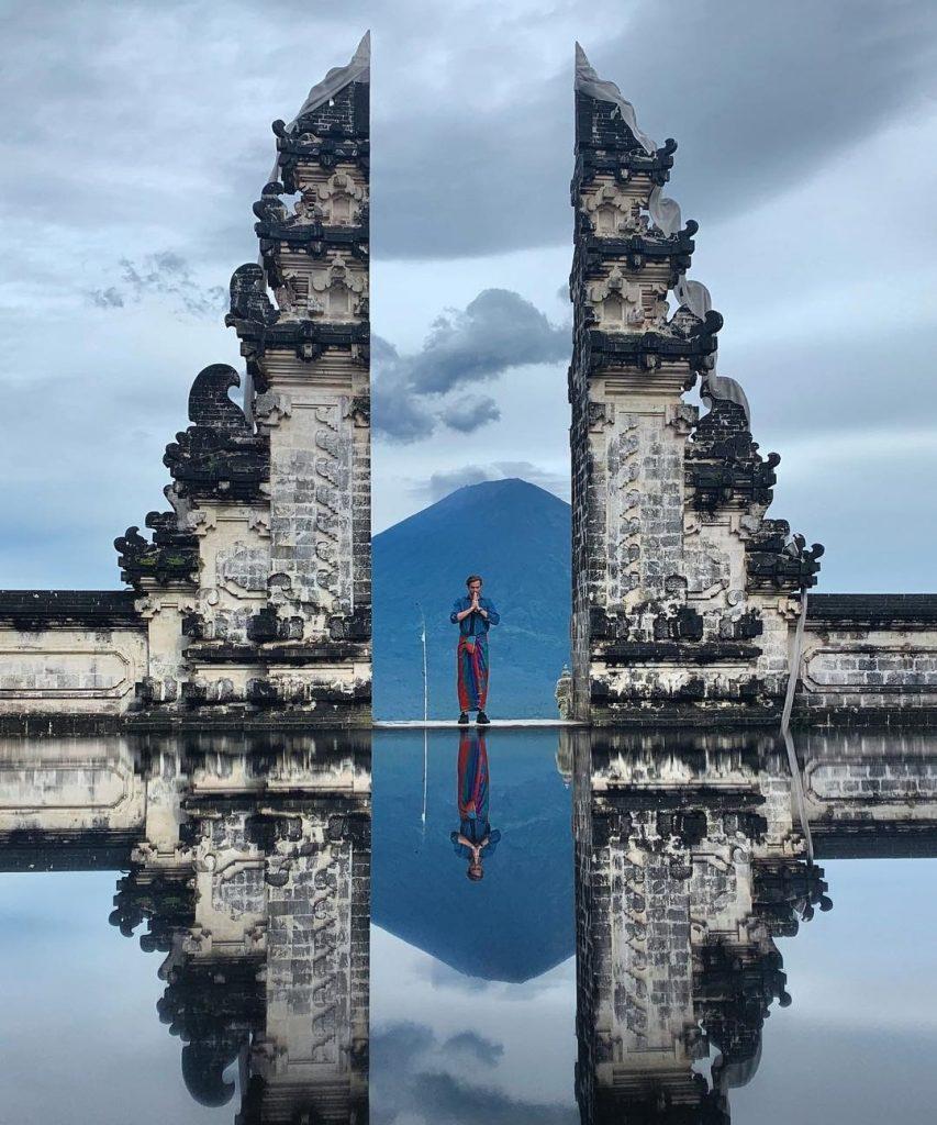 Đền Pura Lempuyang