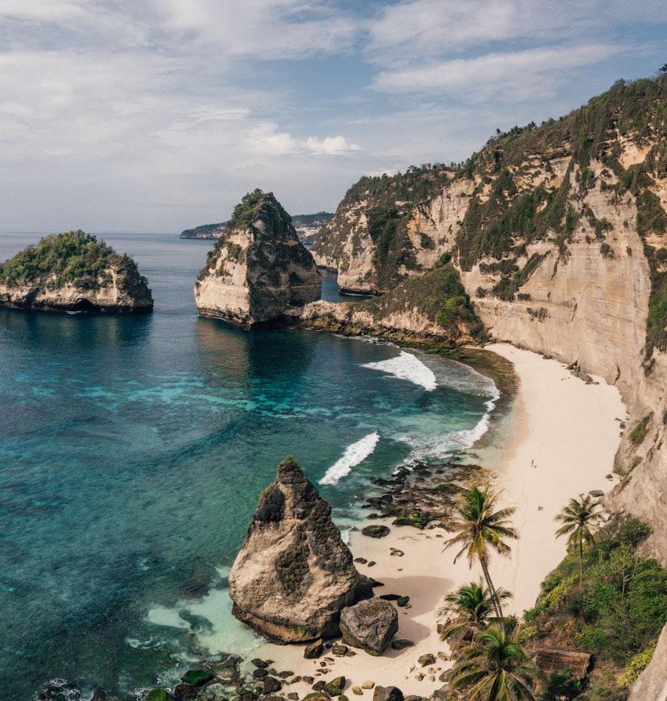 Nusa Penida nơi bạn muốn tìm về chốn bình yên, hoang sơ và kỳ vĩ tránh xa sự ồn ào, náo nhiệt ngoài kia.