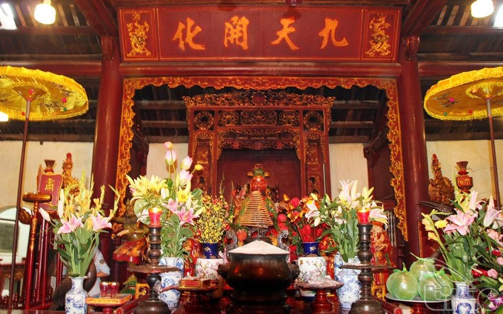 Không gian văn hóa tâm linh bên trong đền Ngọc Sơn