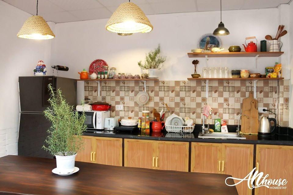 Phòng bếp được thoải mái sử dụng tại AN House homestay