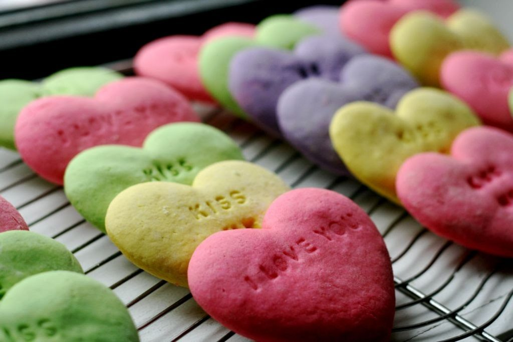 Tình yêu tiến thêm bước nữa qua bữa ăn lãng mạn