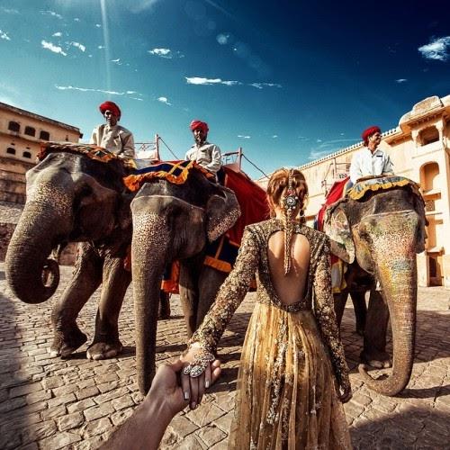 Ấn Độ, đất nước với nền văn hóa rực rỡ từng là nơi dừng chân của cặp đôi lãng mạn này.
