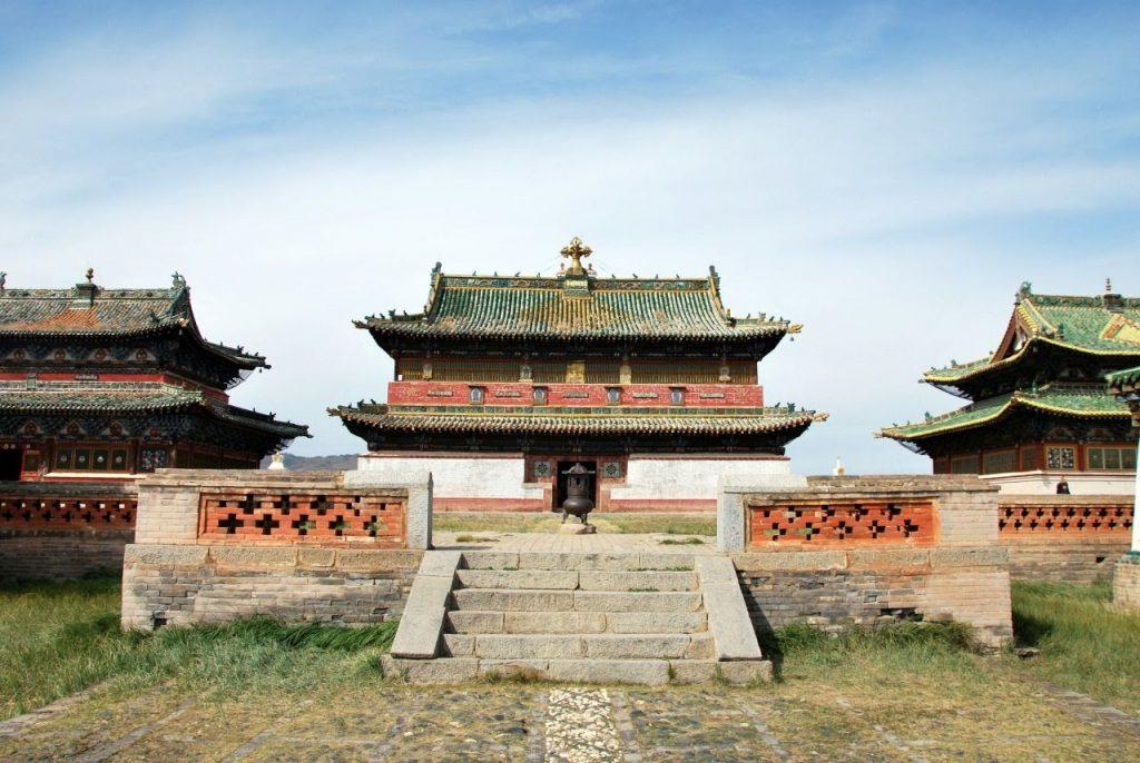 Đây từng là nơi Thành Cát Tư Hãn chọn để đóng quân, nuôi binh đánh chiếm Trung Hoa cổ đại từ năm 1220.