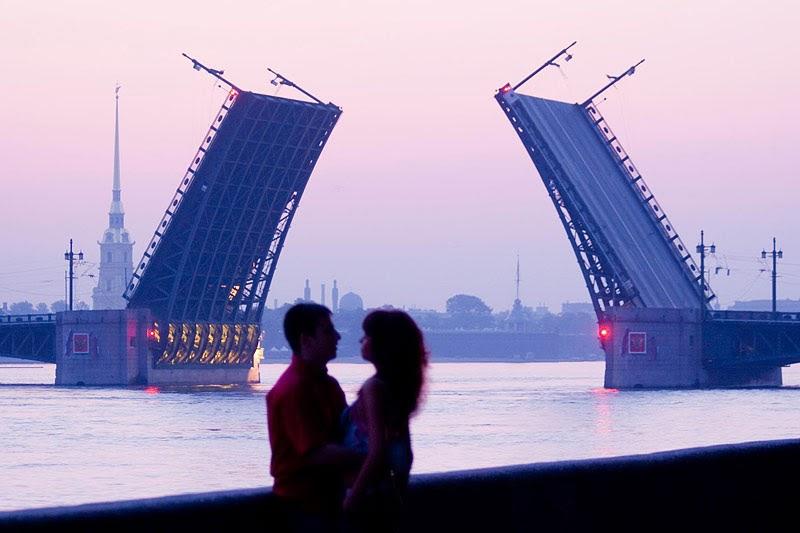 Những đêm trắng lãng mạn ở Nga.