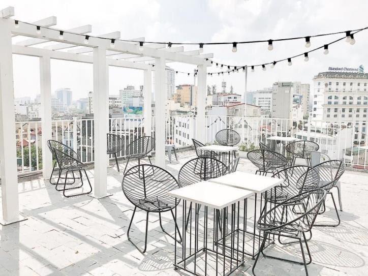 Quán cafe rooftop Hà Nội để sống ảo cực đẹp